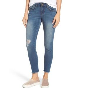 WIT & WISDOM Seamless Distressed Skinny Jeans